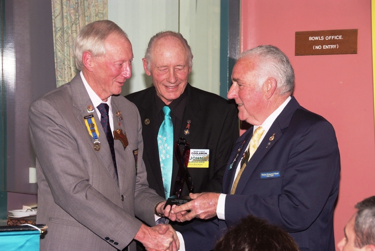 IPDG Ian Simpson, John Glassford and PDG Fred Loneragan